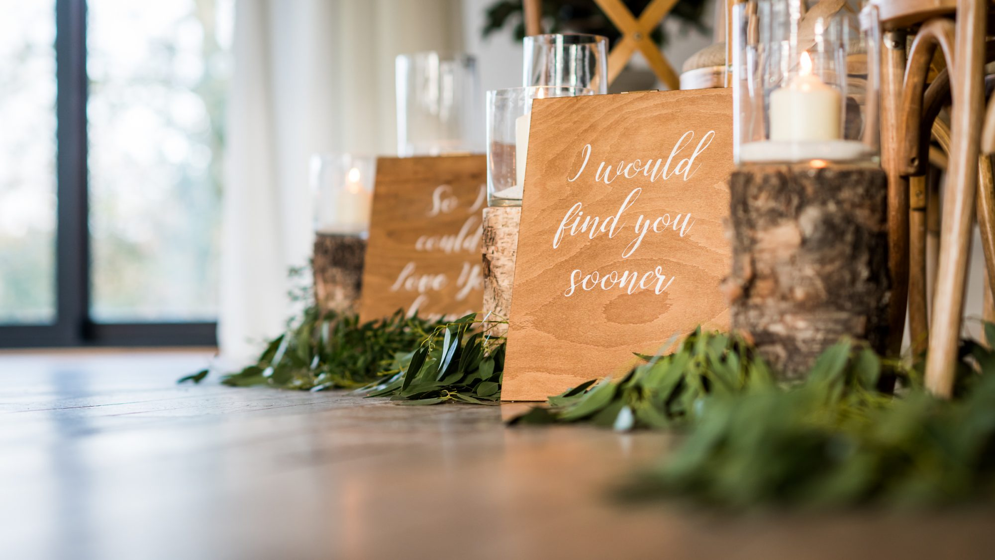 The Woodlands interior indoor ceremony