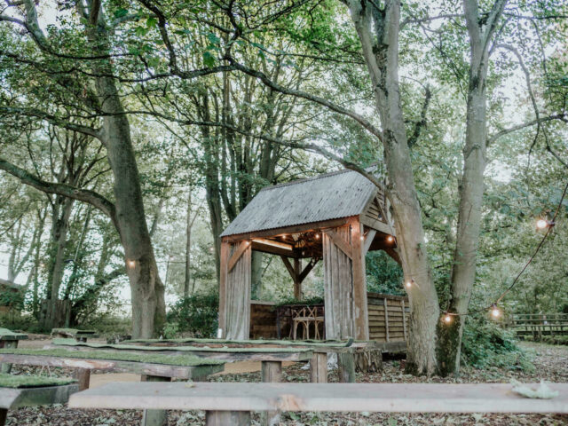 Hideaway hut