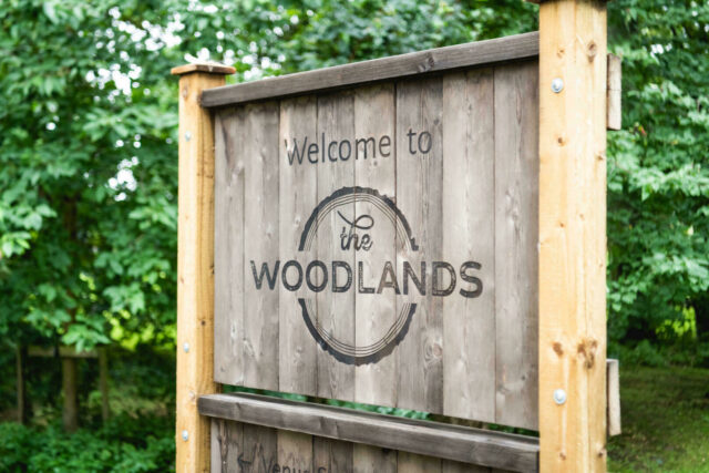 Welcome to The Woodlands sign